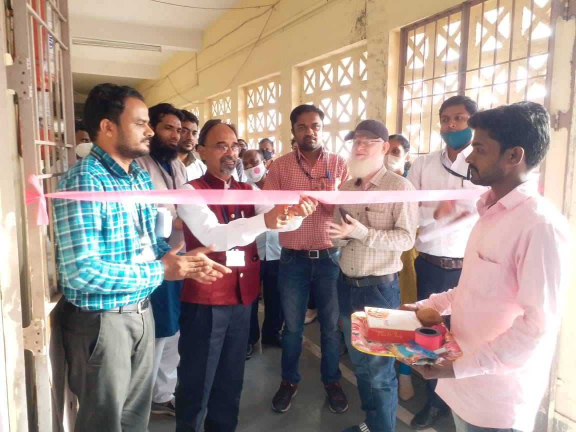 Principal Dr. Ashok Upadhyay sir n staff members @ Opening of college Canteen